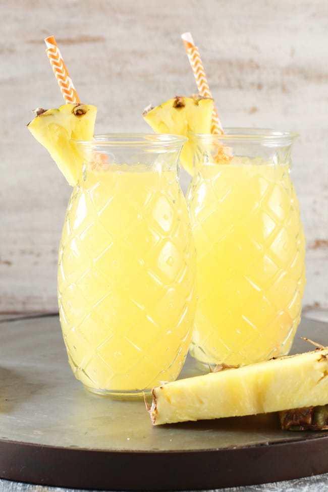 طرز تهیه موکتل آناناس و انبه